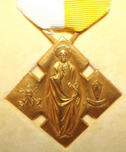 catholic-benemerenti-medal-issued-by-the-pope.jpg